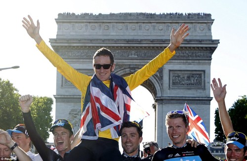 Bradley Wiggins vince il tour de France 2012