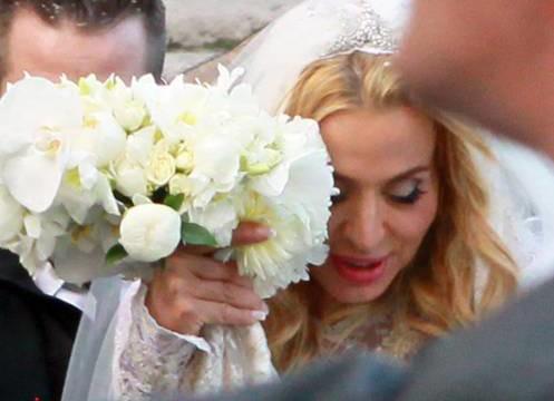 Valeria Marini si sposa nella Basilica di Santa Maria in Ara Coeli