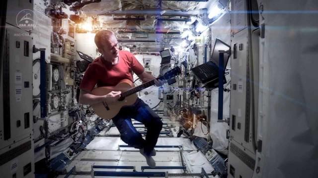 Space Oddity sulla Stazione Spaziale Internazionale