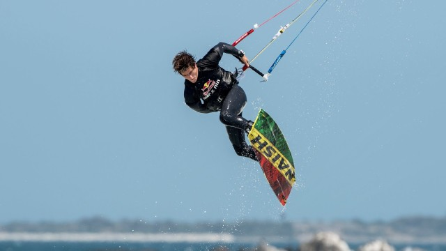 Extreme Air Kiteboarding Competition – Red Bull King of the Air 2013