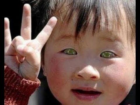 Bambino cinese con gli occhi azzurri che vede nelle tenebre: il video