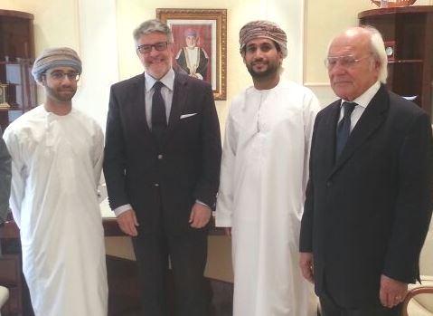 Da sx:    Sheik Haussan Ali Hassenn, Giovanni Tumbiolo, Abdullah Hilal Al-Balushi, l'imprenditore  Romano Rivadossi