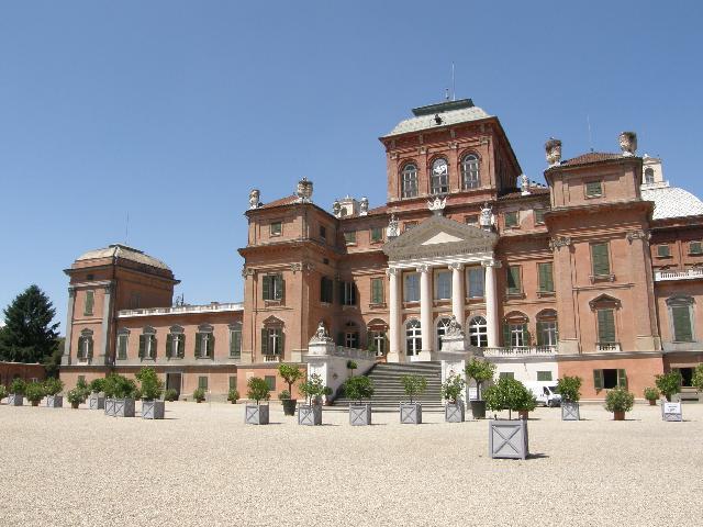Camere Oscure Cuneo : Le camere oscure:il neogotico in provincia di cuneo globonews.it