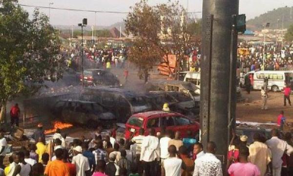 Esplosione in Nigeria uccide oltre 40 tifosi di calcio