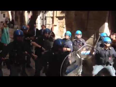 Scuola: Giannini contestata a Palermo