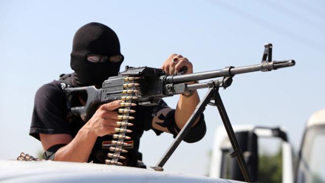 """1 milione di dollari al giorno! ISIS: """"i terroristi più ricchi del mondo"""""""