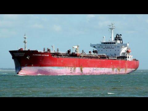 Scontro tra navi mercantili a Ravenna: 3 dispersi