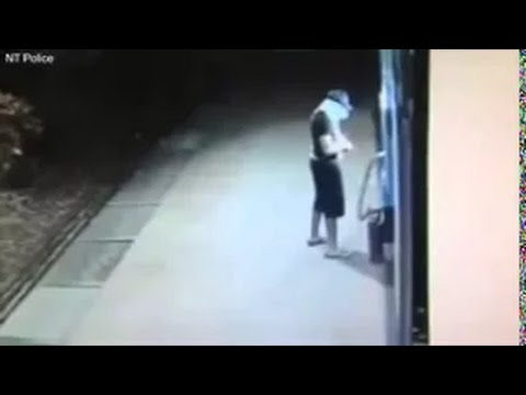 Scassinatore di bancomat esplode