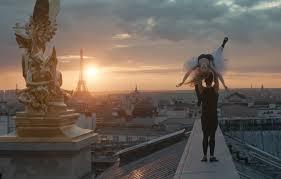 Danza sui tetti di Parigi