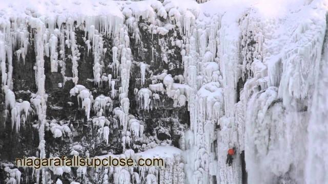 Niagara: canadese scala delle pareti ghiacciate
