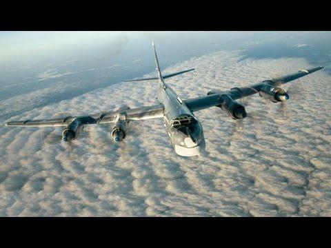 Caccia britannici Typhoon della NATO intercettano due bombardieri russi Tu-95