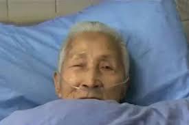 Cinese di 94 anni si sveglia dal coma e parla solo inglese