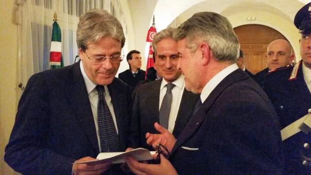 Tumbiolo incontra il Ministro Gentiloni per chiedere più sicurezza per i pescatori siciliani