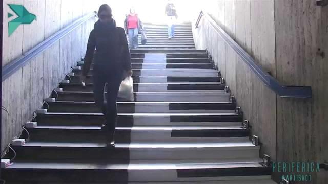"""ROMA: Installazione Interattiva presso la fermata della Metro A """"Repubblica"""""""