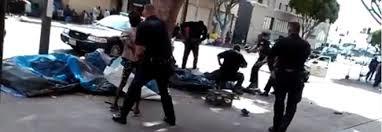 Los Angeles: senzatetto ucciso dalla polizia
