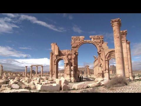 Siria: l'antica Palmira minacciata dalla furia iconoclasta Isis