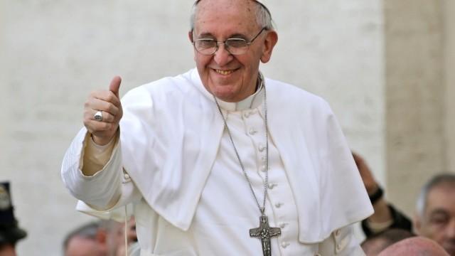 Centinaia di migliaia di partecipanti alla Messa di Papa Francesco in Ecuador