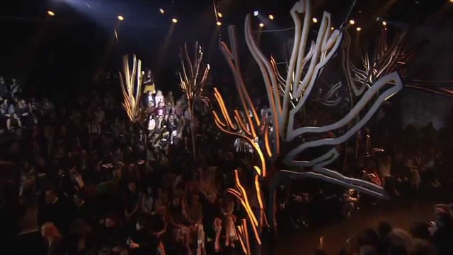ELIE SAAB – Alta Moda Autunno-Inverno 2015-16 Fashion Show