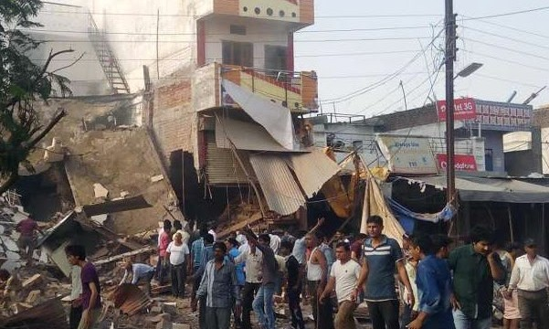 India: Madhya Pradesh, esplosione in un albergo, 82 morti
