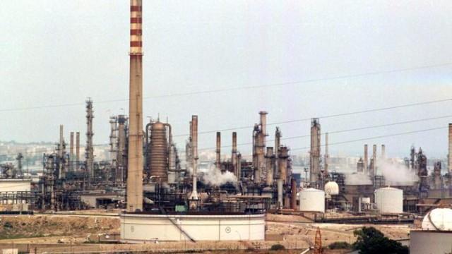 PRIOLO (Siracusa) due operai muoiono nel polo petrolchimico