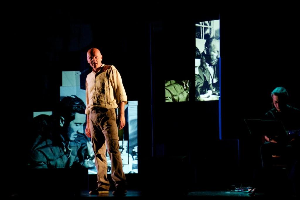 """""""IN CAPO AL MONDO"""", spettacolo su Walter Bonatti al Teatro Libero"""