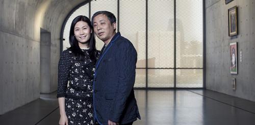 Wang Wei e Liu Yiqian in uno dei loro due Musei