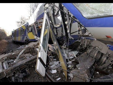 BAVIERA: scontro tra due treni 8 morti e 150 feriti