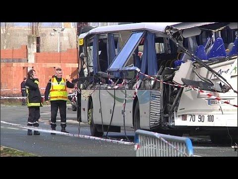 Francia: 6 adolescenti morti in pullman