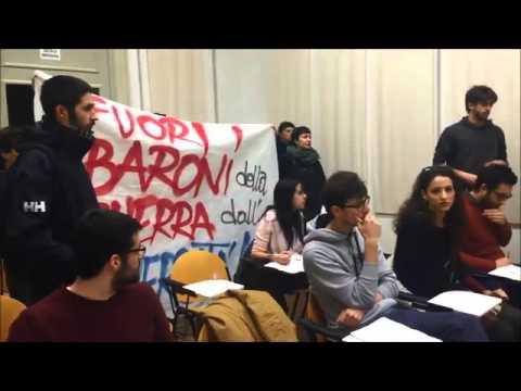 Blitz universitari contro Panebianco