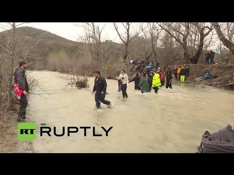 Grecia, Hamilo: oltre 1000 migranti entrano in Macedonia