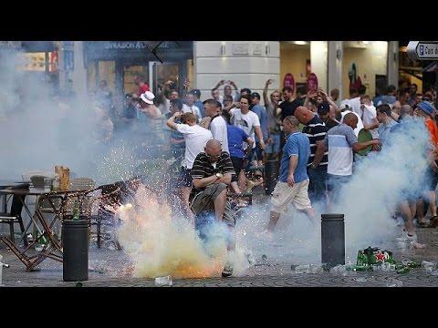 Euro 2016, Marsiglia: hooligans inglesi scatenati