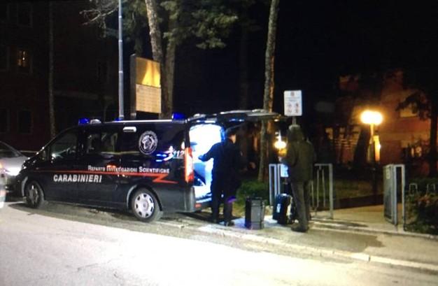 La perquisizione avvenuta nel palazzo di via Spalato 124 a Macerata nell'abitazione del nigeriano Innocent Osenghale di 29 aa