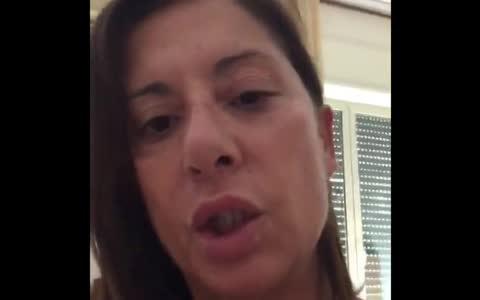 Testimonianza di un'infermiera sui danni del vaccino