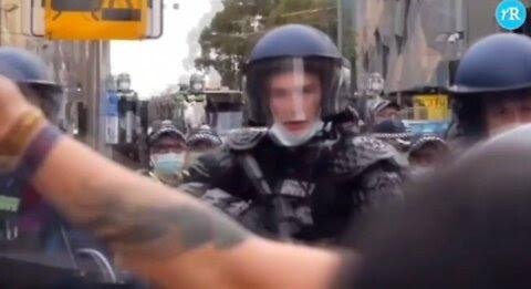 AUSTRALIA: IMMAGINI DI UN PAESE ALLA DERIVA ANTIDEMOCRATICA